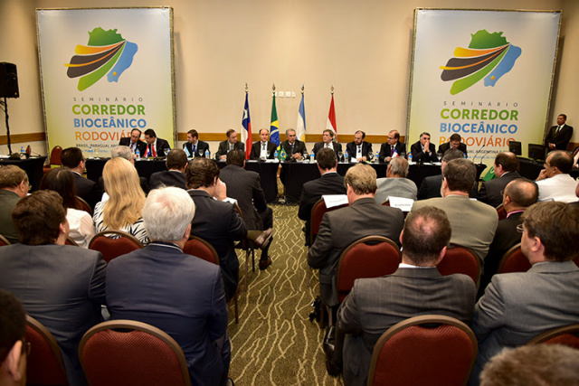 Lideranças do Brasil, Paraguai, Chile e Argentina debatem construção do corredor bioceânico  -