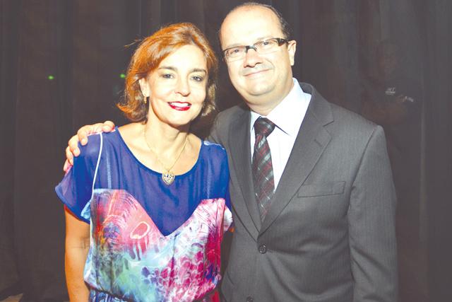 Destaque para o casal José Carlos Barbosa, secretário de Segurança do MS, e esposa, a médica dra. Maristela. -