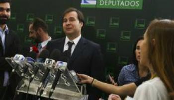 O presidente da Câmara dos Deputados, Rodrigo Maia, reune-se com os líderes nesta segunda-feira para conversar sobre as votações em plenário José Cruz/Agência Brasil -