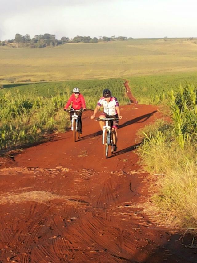 Ciclistas que participarão do 1º Dourados Bike Tour percorrerão por estradas na bela zona rural de Dourados. - Crédito: Foto: Divulgação