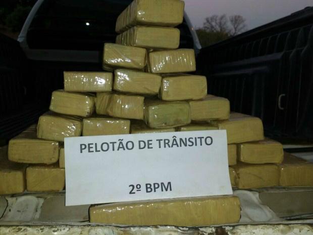 Tabletes de maconha apreendidos em Três Lagoas - Crédito: Foto: PM/ Divulgação