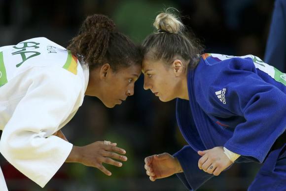 Rafaela Silva durante a semifinal, contra a romena Corina Caprioriu - Crédito: Reuters/Toru Hanai/Direitos Reservados
