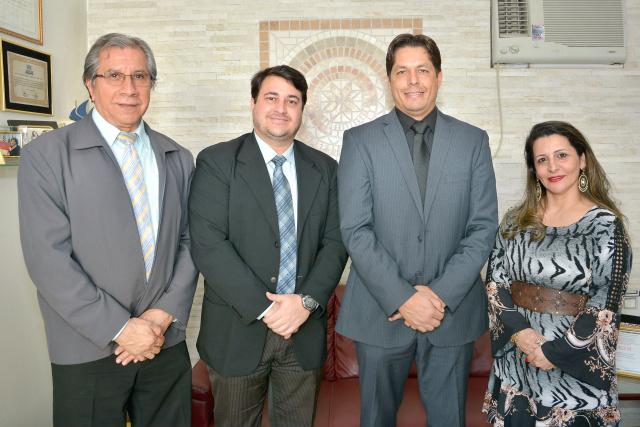 João Alves, Leandro Belon, Fernando Duque e Cristine Ricci da OAB Dourados - Crédito: Marcos Ribeiro