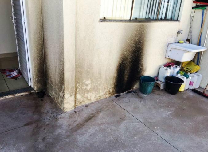 A bomba não causou danos ao prédio - Crédito: Divulgação
