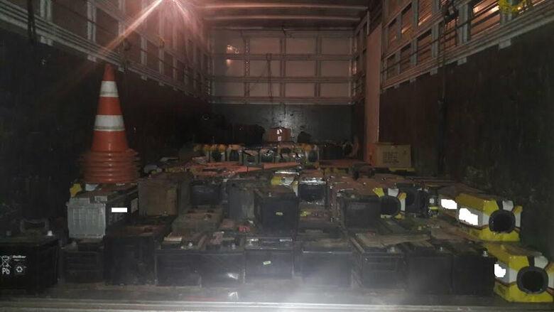 A carga foi apreendido por não possuir autorização ambiental - Crédito: Divulgação/PMA