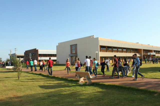Pós-Graduações da UFGD abrem vagas para alunos especiais -