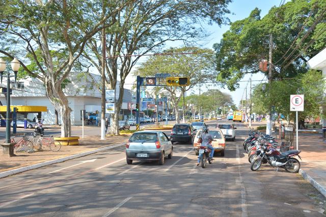 Os equipamentos serão instalados em quatro pontos da cidade, três na Avenida Marcelino Pires. - Crédito: Foto: Marcos Ribeiro