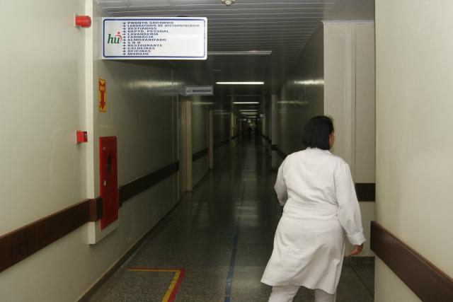 Até inicio deste mês, o Estado notificou 1.543 casos de gripe. Em Dourados, a= maioria dos pacientes foram hospitalizados no HU. - Crédito: Foto: Hédio Fazan