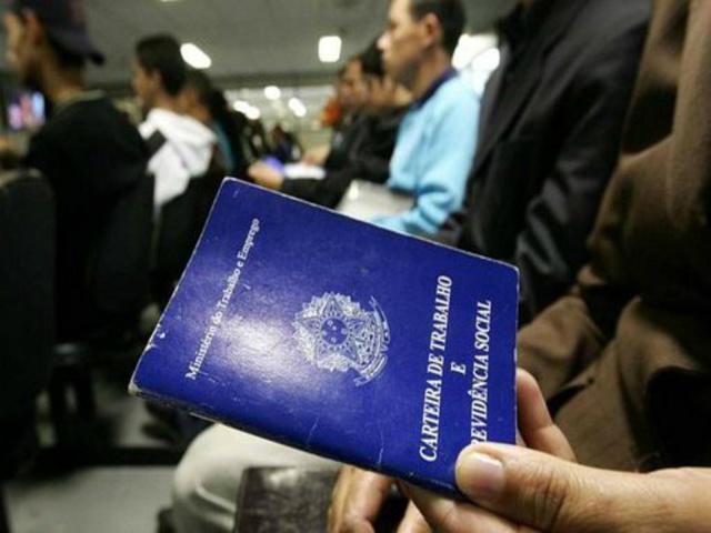 A taxa de desocupação subiu em todas as grandes regiões do país, fechando o segundo trimestre do ano em 11,3%. - Crédito: Foto: Divulgação