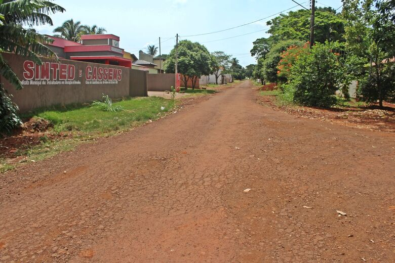Ruas da Vila Popou, em Douradina, serão contempladas com drenagem e asfalto em 2018 -