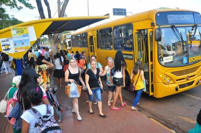 Usuários têm que ficar atentos, no transporte público haverá alterações na virado ano - foto: Eliel Oliveira -