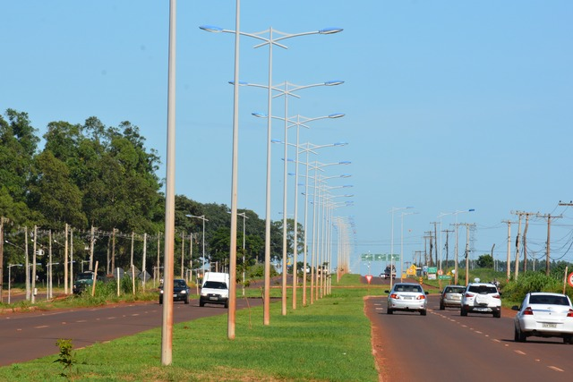 Impasse sobre iluminação pública da Guaicurus chegou ao fim Foto: Hédio Fazan  -