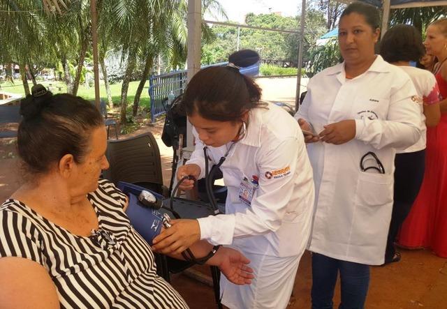 Mulheres tiveram acesso a vários serviços durante ação na Praça Antônio João, sábado pela manhã - Foto: divulgação -