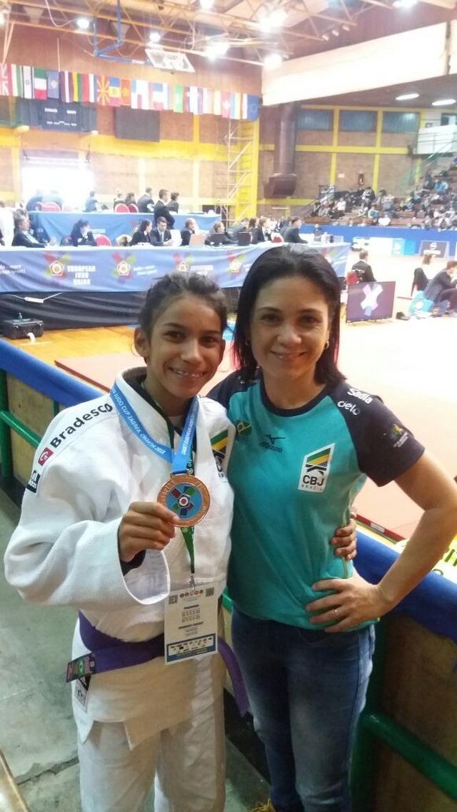 Judoca de Itaporã, Chrislayne Almeida, é destaque na Europa -