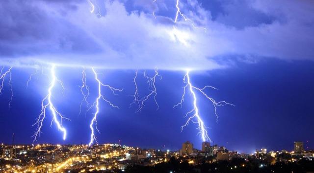 Sol, chuva e raios: previsão do tempo para esta terça-feira - Crédito: Foto: Marcos Ozanan / Fotos Públicas