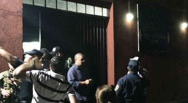 Policia chega ao local do crime na noite de ontem em uma academia da cidade - foto: Porã News -