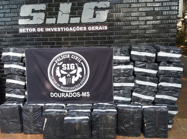 SIG apreendeu 1,35 tonelada de maconha numa casa no Jardim Esplanada - foto - Cido Costa -