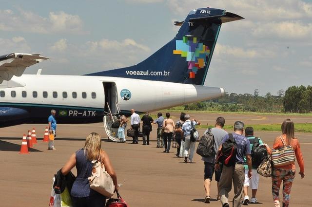 Empresa opera dois voos diários de segunda a sexta e um no sábado - Crédito: Arquivo