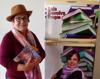 Escritora Odila Lange abre o projeto Geladeira Literária -