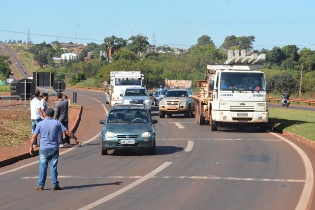 População não suporta mais aumentos semanais dos combustíveis, conforme prevê a politica vigente - Foto: divulgação -
