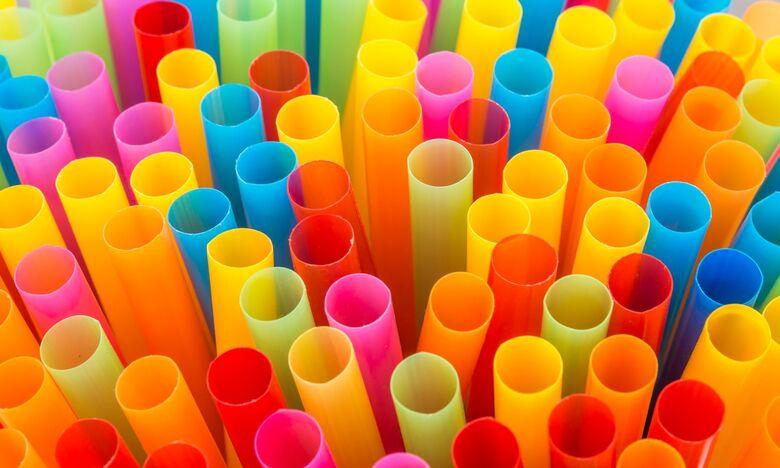 Canudos plásticos poderão ser proibidos em MS -