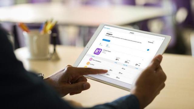 Apple lança novo app gratuito para professores no iOS e macOS -