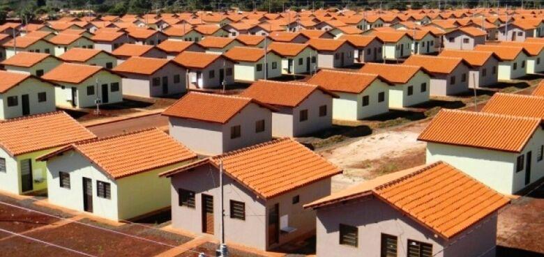 Programas habitacionais garantem mais  de mil novos imóveis sociais em Dourados -