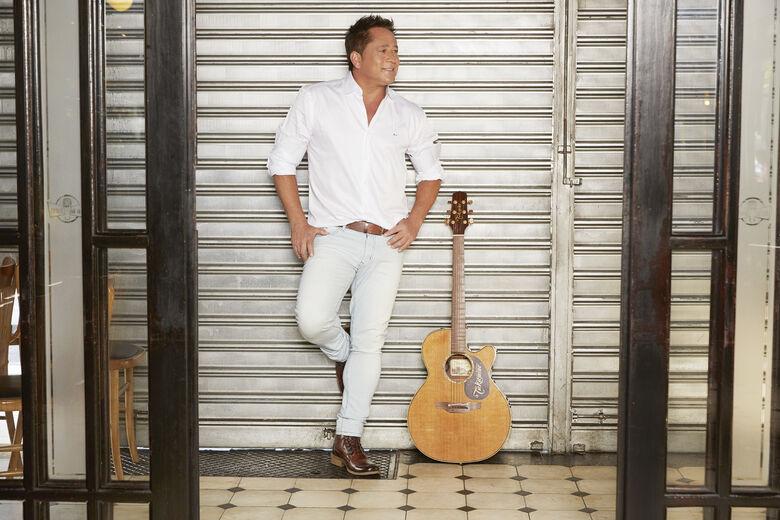 """Novo show do cantor Leonardo, o """"Bar do Leo"""" promete agitar Dourados em agosto -"""