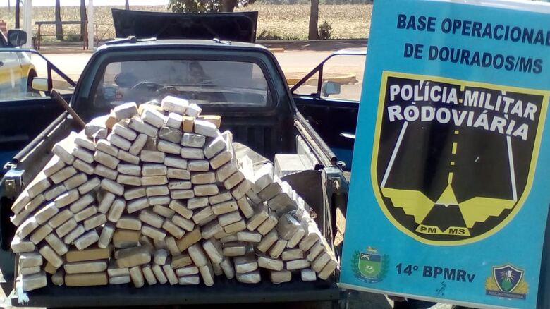 PMRv apreende veículo com 132kg de maconha - Crédito: Divulgação/PMRv