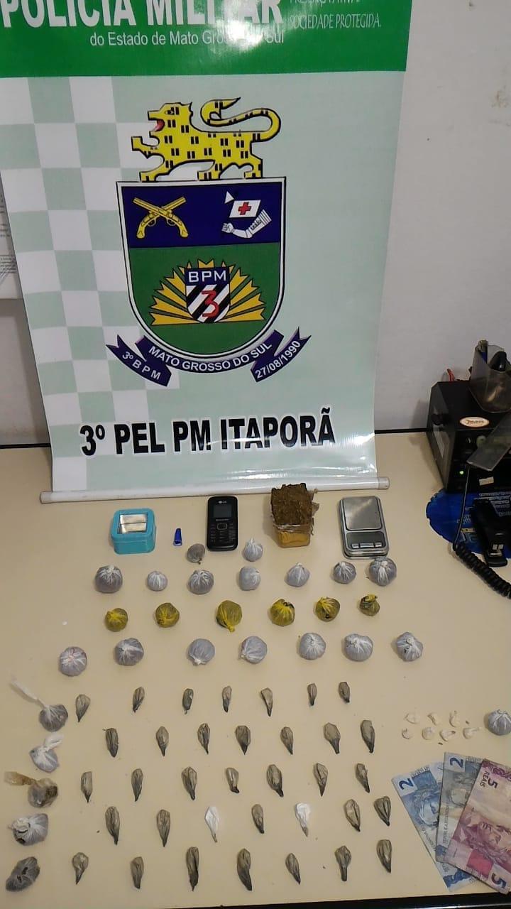 Polícia de Itaporã prende quatro pessoas por tráfico de drogas - Crédito: Divulgação/3PPM Itaporã