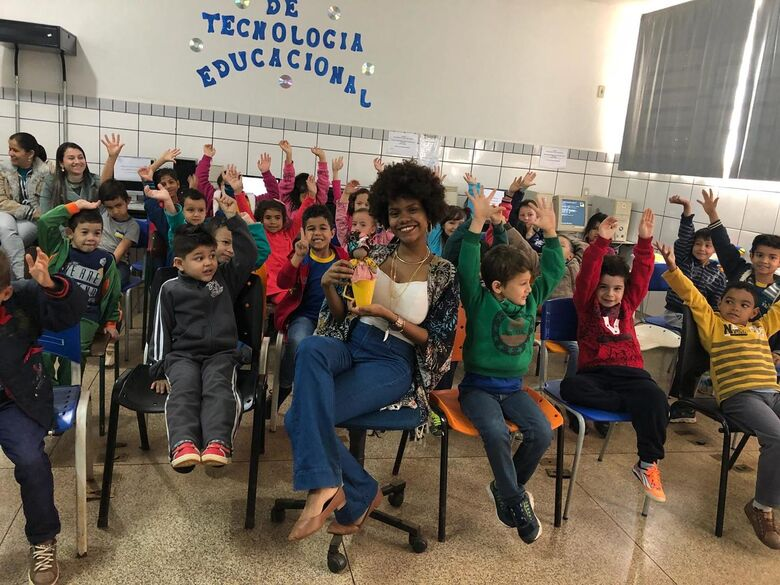 """Escolas do Campo recebem palestras e contação de história pelo """"À Flor da Pele"""" - Crédito: Divulgação"""