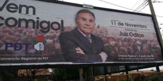 Anúncio da assinatura de filiação de Odilon virou outdoor em cidades de MS - Crédito: Divulgação