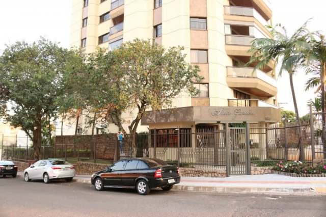 PF foi no começo da manhã ao apartamento do governador - Crédito: Henrique Kawaminami