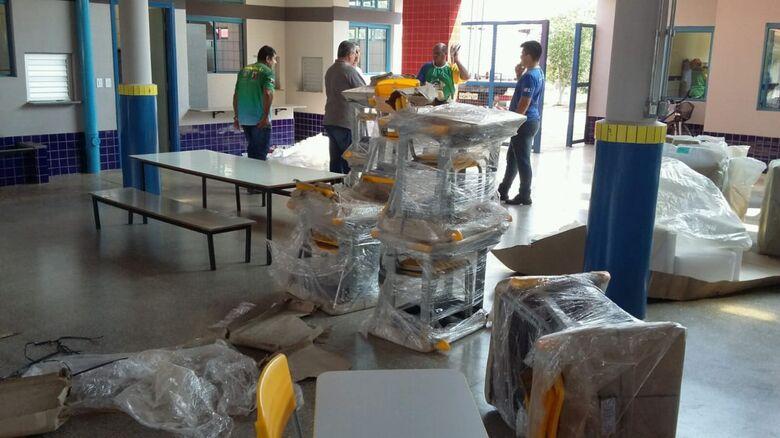 Móveis e eletrodomésticos foram entregues no Ceim do Altos do Indaiá - Crédito: Semed/Divulgação