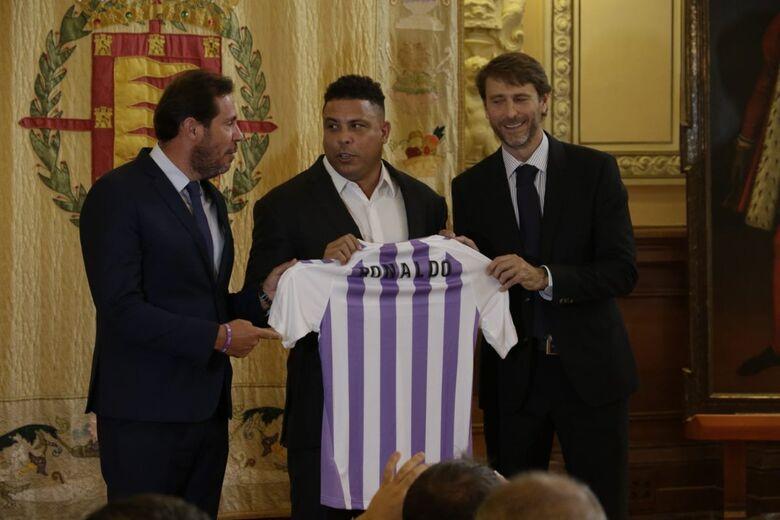 O ex-jogador brasileiro comprou 51% do Valladolid, que disputa a primeira divisão da Espanha. - Crédito: Divulgação/Real Valladolid.