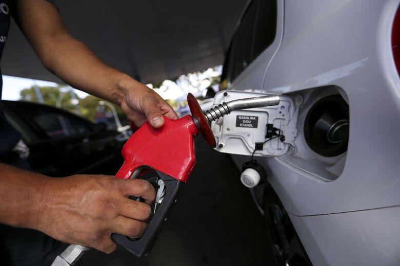 Petrobras eleva preço da gasolina; diesel permanece inalterado - Crédito: Marcelo Camargo/Agência Brasil