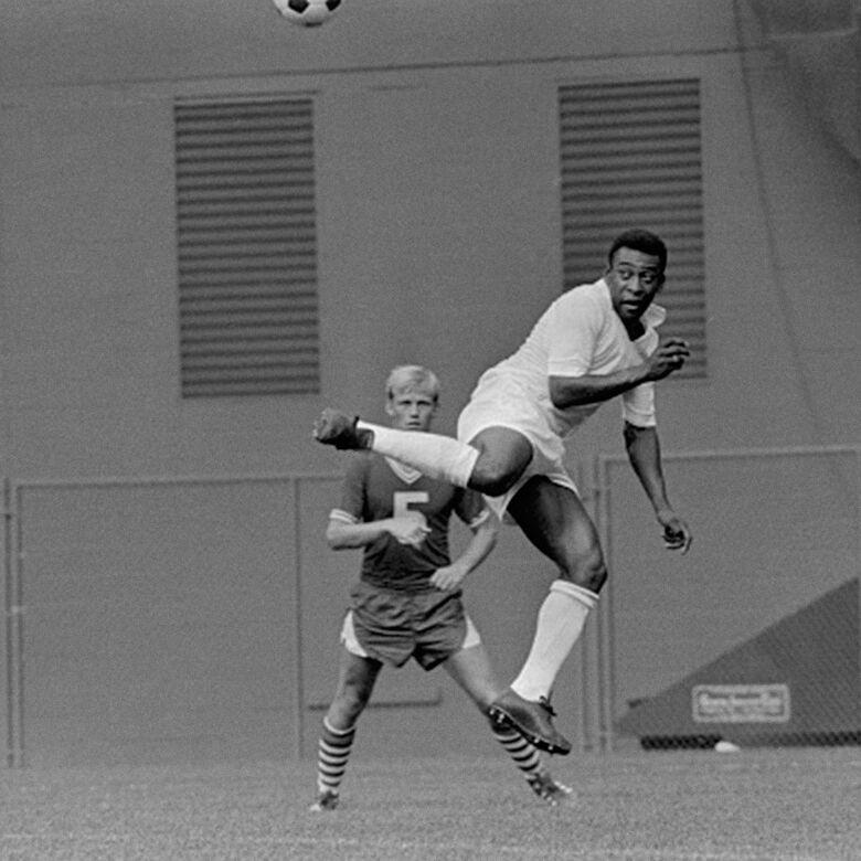 A data de hoje é muito especial para o Rei do Futebol - Crédito: Pelé/Twitter