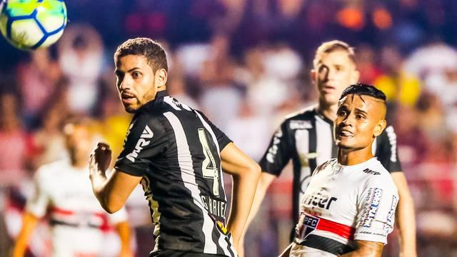 No jogo do turno, Galo e Tricolor ficaram no 2 a 2 em partida de reviravoltas no Morumbi - Crédito: Divulgação