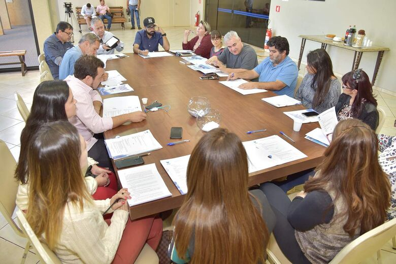 Aced e Faems realizam debate com candidatos ao governo do Estado com transmissão do Progresso Digital, RIT e 94FM - Crédito: Marcos Ribeiro
