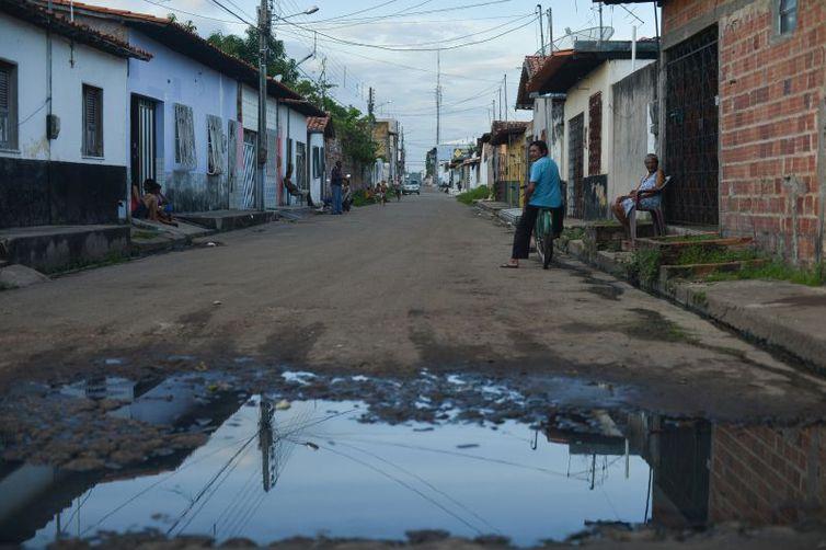 Apesar de aumento, menos de 40% das cidades têm política de saneamento - Crédito: Marcelo Casal Jr/Agência Brasil