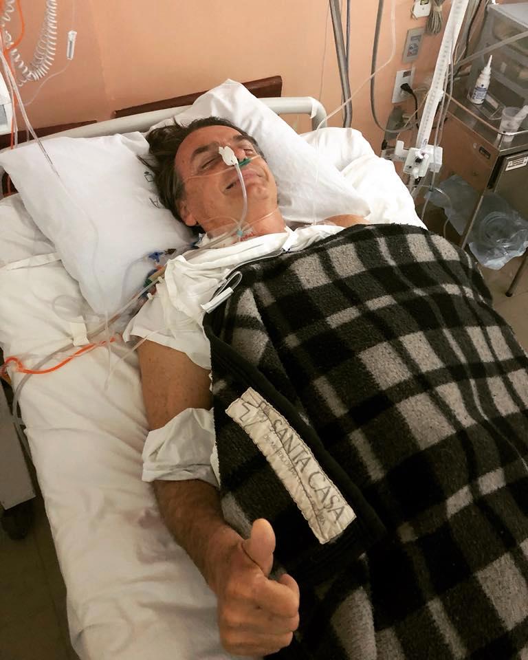 Bolsonaro evolui bem após nova cirurgia, diz boletim médico -