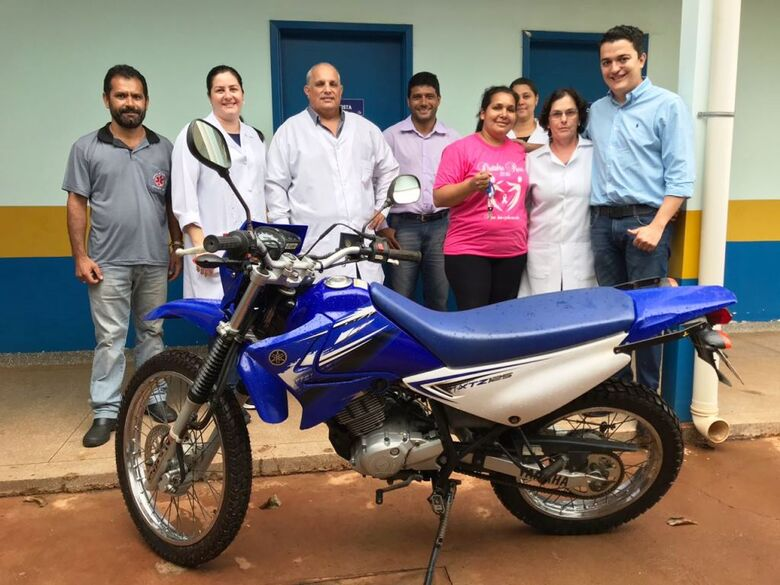 Saúde entrega motocicletas para agentes de saúde em três distritos - Crédito: Divulgação/Sems