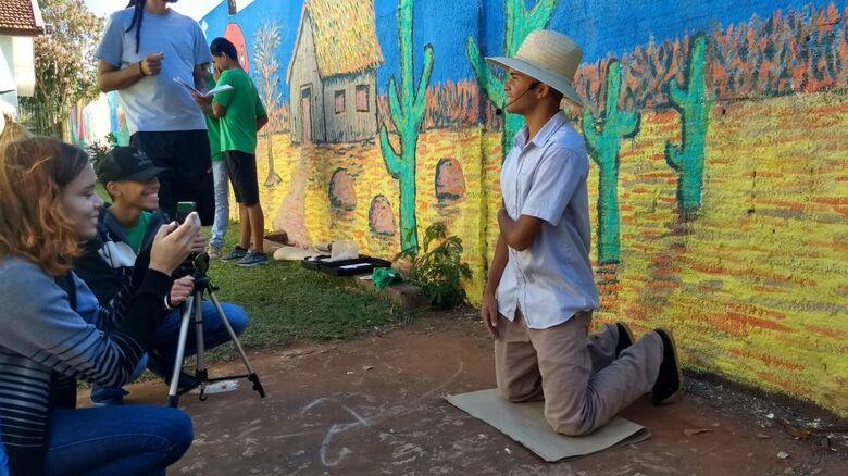 Inspirados na obra Morte e Vida Severina, estudantes produzem telas e curta em exibição no MIS - Crédito: Divulgação