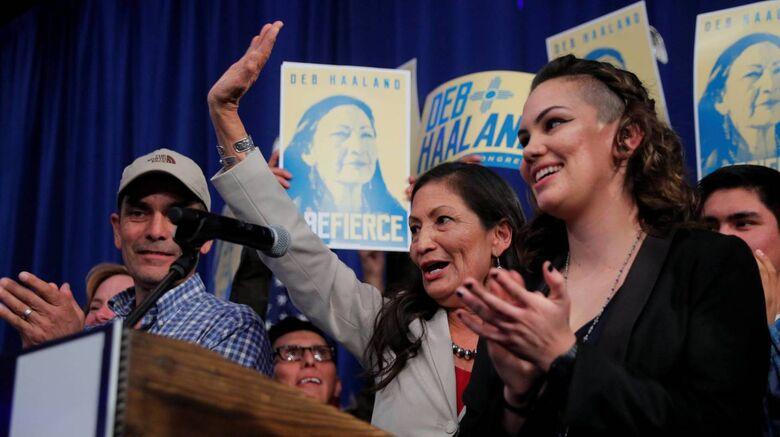 Indígenas, muçulmanas e um governador gay: os perfis inovadores nas eleições dos EUA - Crédito: BRIAN SNYDER/REUTERS