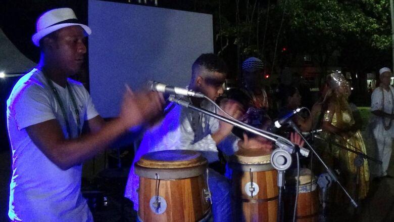 Dia da Consciência Negra terá II Noite Cultural promovida pelo Comafro em Dourados - Crédito: Onildo Lopes/Divulgação