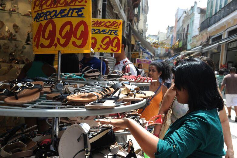 Intenção de consumo das famílias atinge maior nível em 3 anos, diz CNC - Crédito: Kleber Sampaio