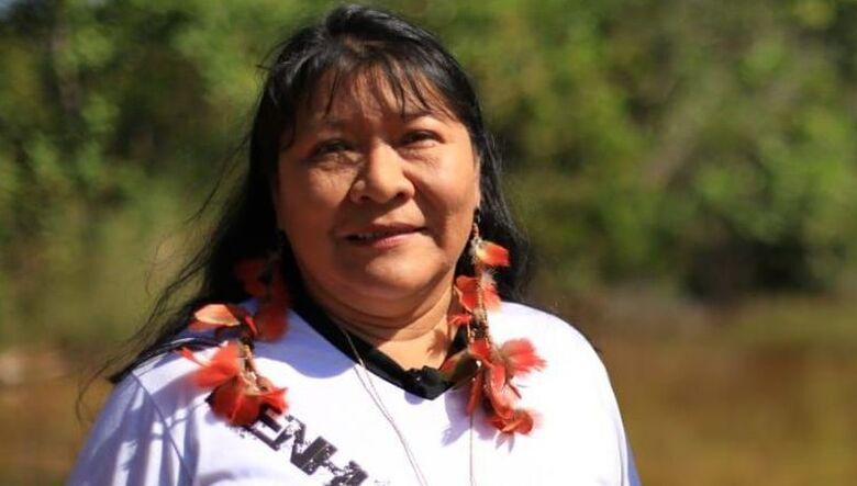 Indígena brasileira recebe Prêmio de Direitos Humanos da ONU -