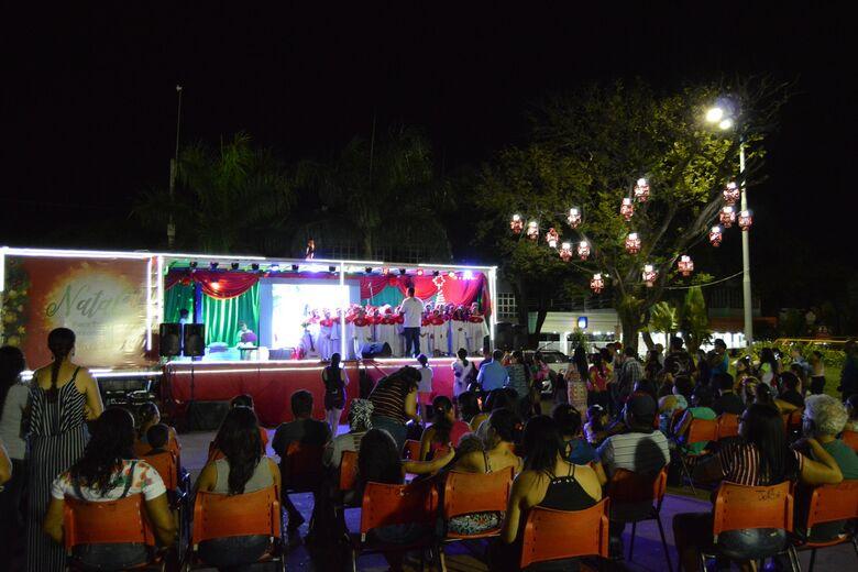 Alimentação, Papai Noel e atrações culturais movimentam praça no Natal para Todos - Crédito: Divulgação