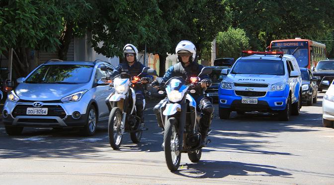 Em uma semana PM apreende mais de cinco toneladas de drogas e recupera 47 veículos - Crédito: Edemir Rodrigues
