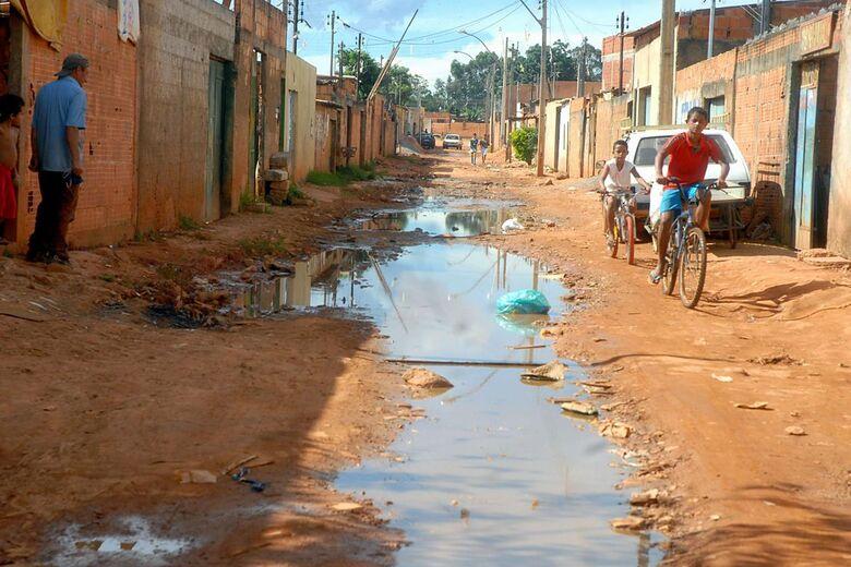 Extrema pobreza aumenta e chega a 15,2 milhões de pessoas em 2017 - Crédito: Arquivo Agencia Brasil